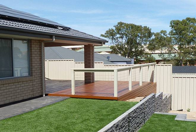 The Benefits Of A Timber Deck Plan For Your Sloped Block