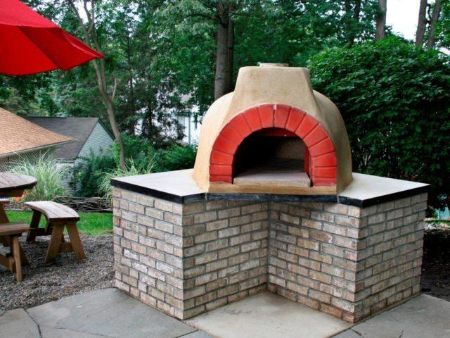 30 Backyard DIY Project Ideas - Backyard Pizza Oven, Australian Outdoor Living.