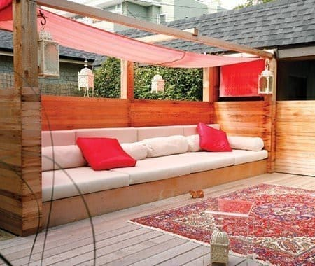 Live Like Royalty with an Outdoor Bed - Canopy Beds, Australian Outdoor Living.