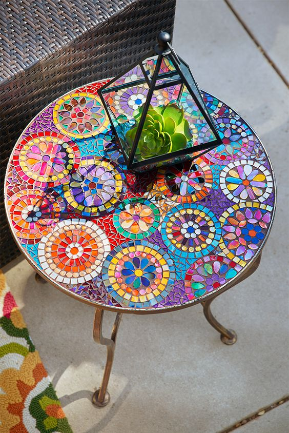 Add a Personal Touch to Your Backyard with this Super Simple Mosaic Table - How to create a mosaic table, Australian Outdoor Living.