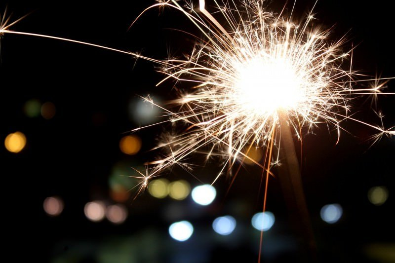 new-years-eve-sparkler