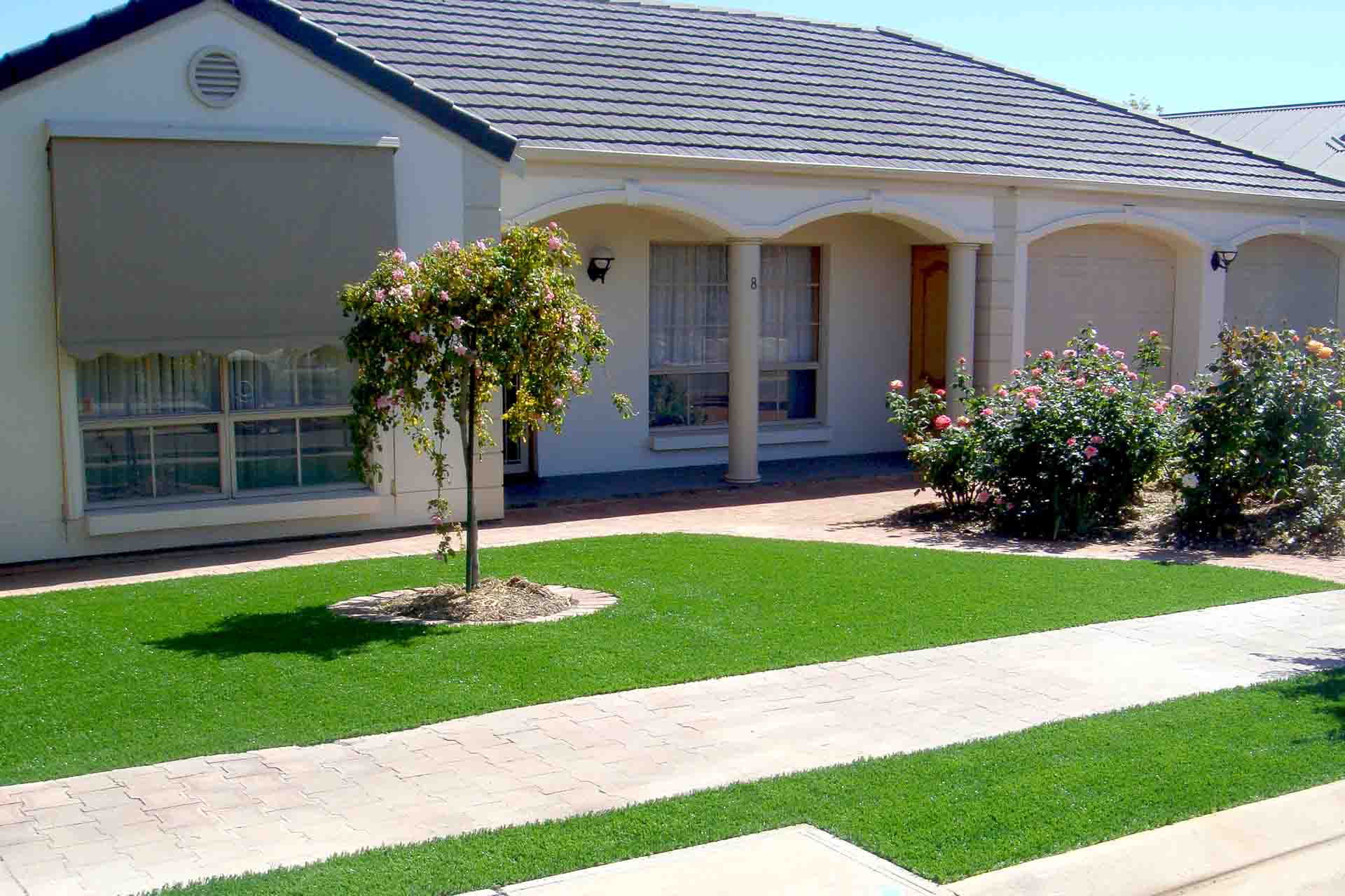 Artificial Grass Lawns - The low maintenance alternative.