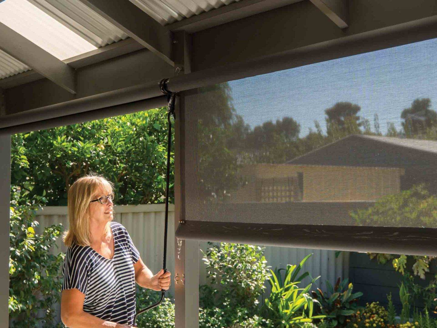 Retractable outdoor blinds: practical, stylish and versatile - Our range of retractable outdoor blinds, Australian Outdoor Living.