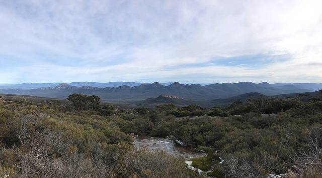 The Grampians National Park in Victoria is home to many spectacular views. - Australian Outdoor Living