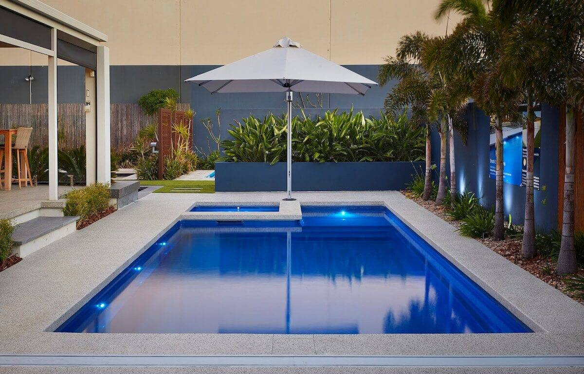 Brooklyn - Fibreglass Pool and Spa - Australian Outdoor Living