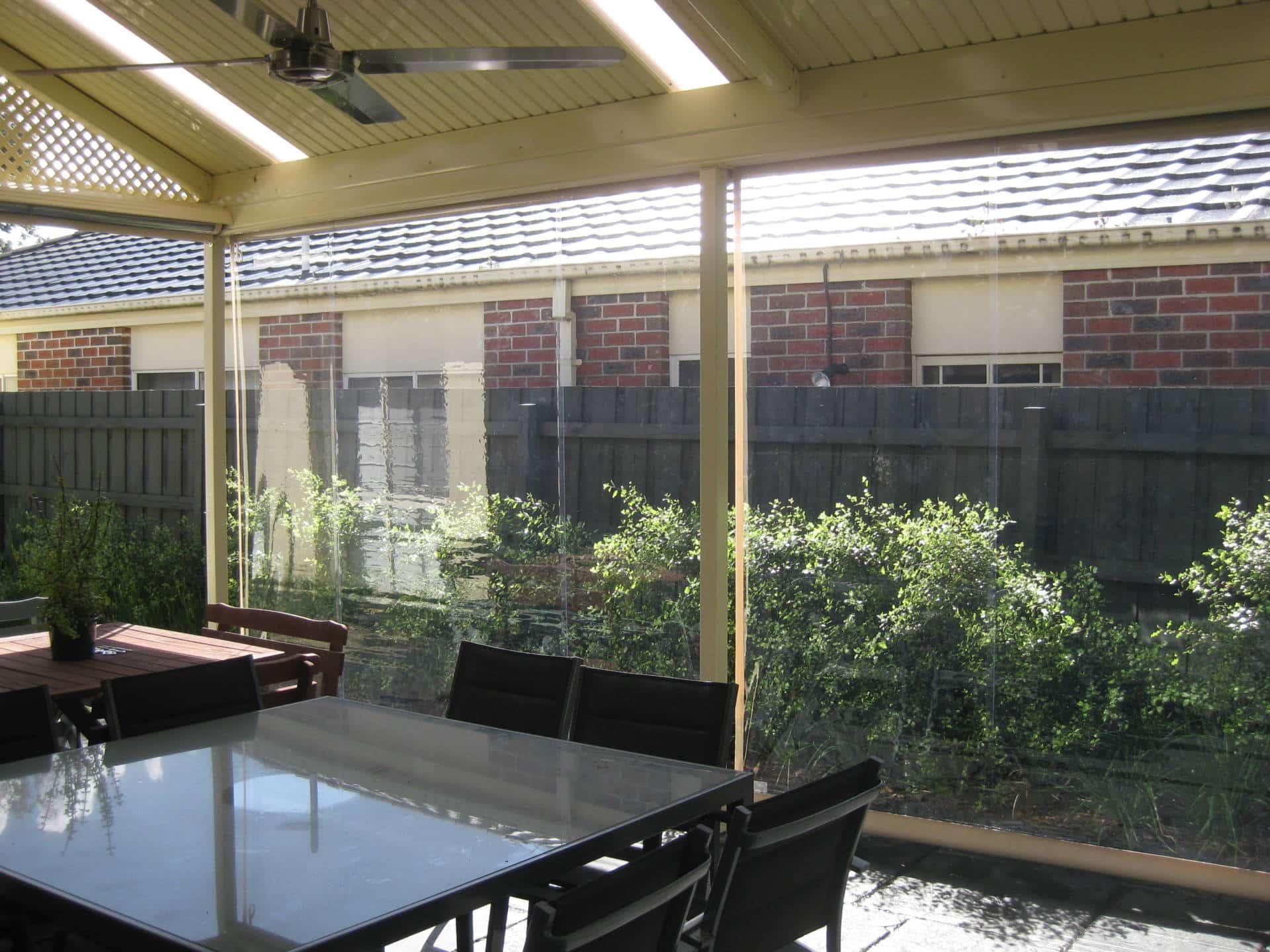 Outdoor blinds - Bella Crystal and Bella Bronze