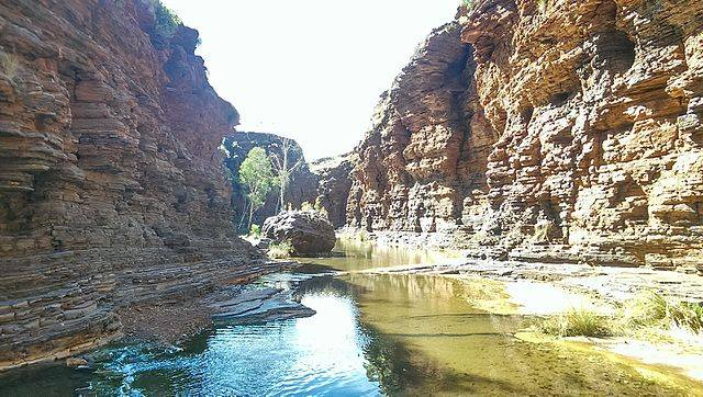Karijini - picturesque walking trails.