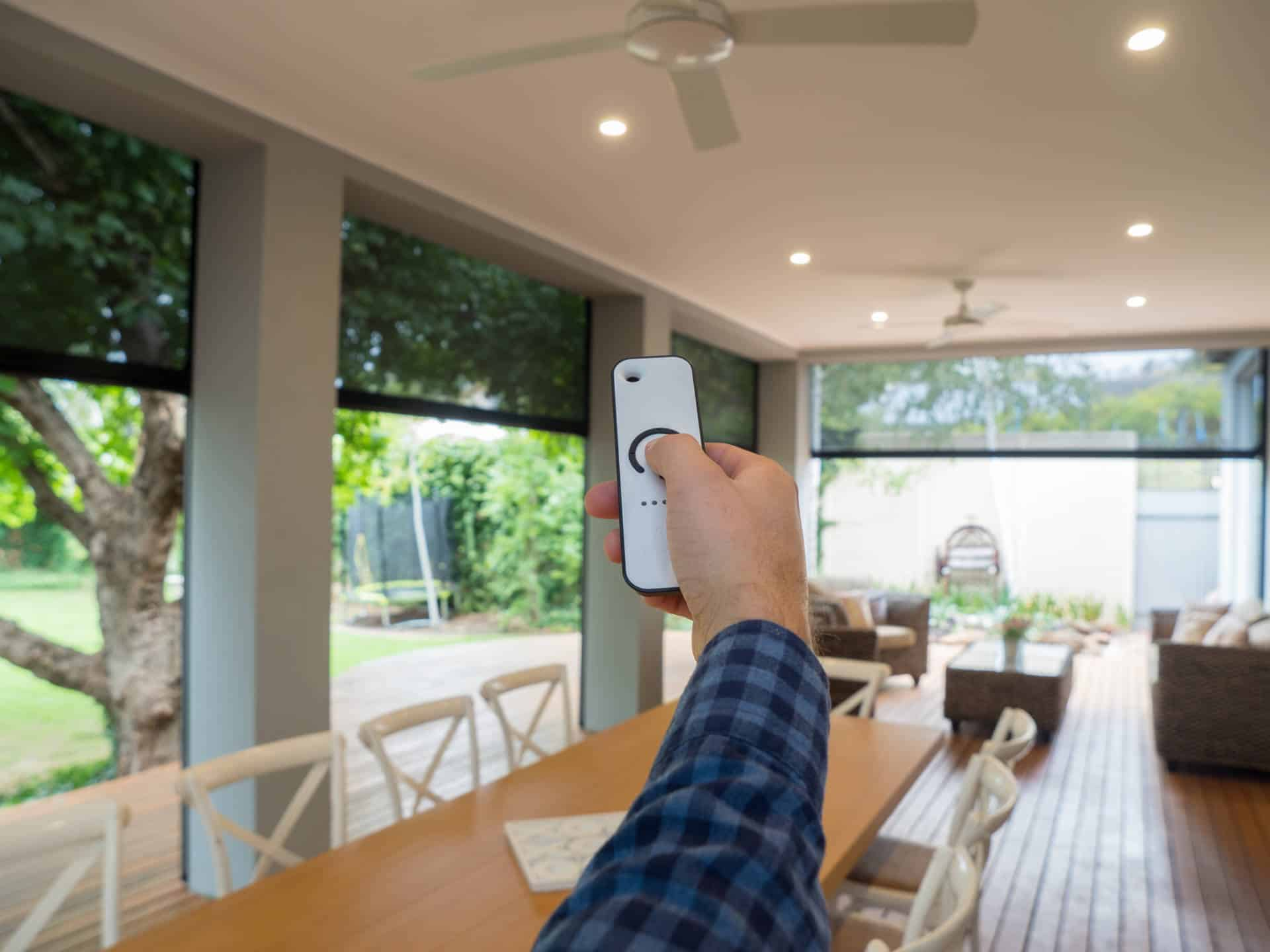 How to select the perfect set of outdoor blinds - Motion Operating System.