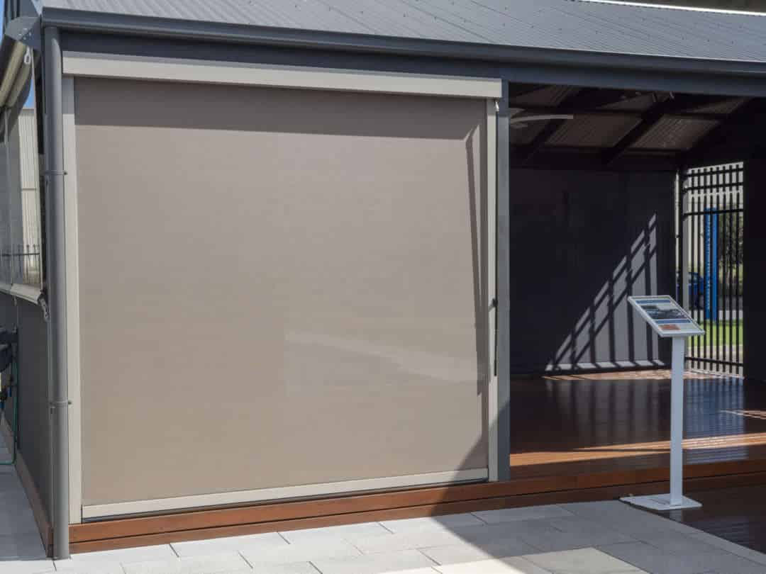A simple guide to operating outdoor blinds - The Neo series, Australian Outdoor Living.
