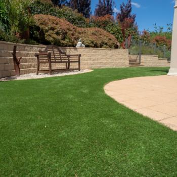 Artificial-Lawn-Blog-Size-526