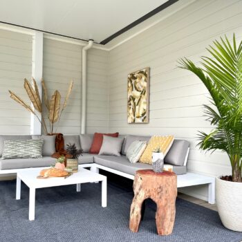 5 Steps to create an outdoor living room